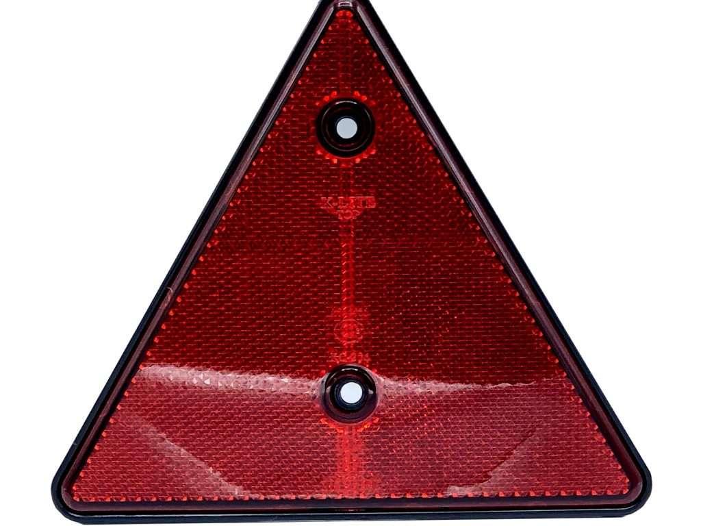 TH2643 R |  ทับทิมสะท้อนแสงสามเหลี่ยม สีแดง
